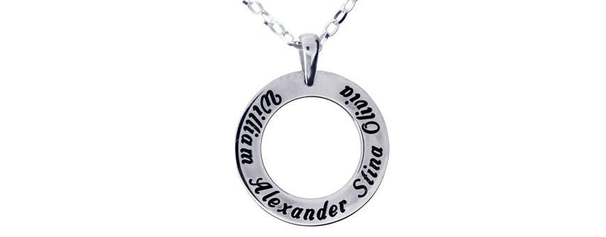 Namnsmycken, familjesmycken, personligt graverade smycken | DG