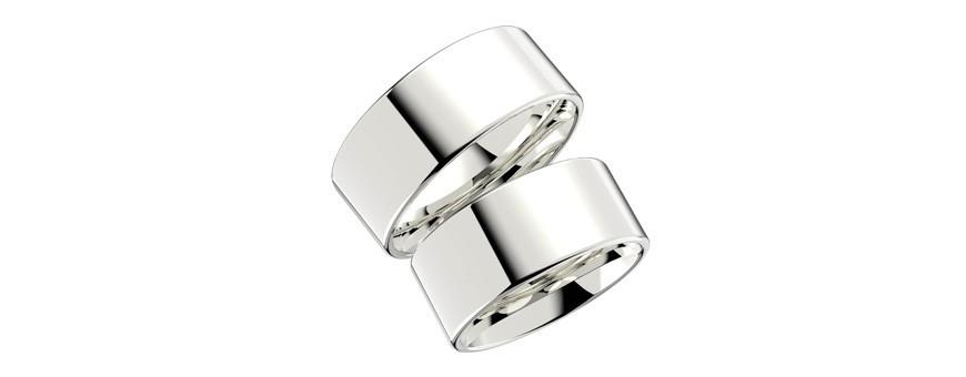 Släta silverringar som förlovningsring
