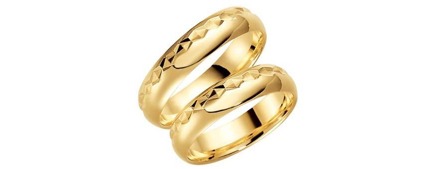 Schalins mönstrade förlovningsringar och vigselringar i 9 karat guld
